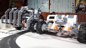 robotics-for-kids-bumper-and-lunar-buggies-ottawa-robotics-academy1